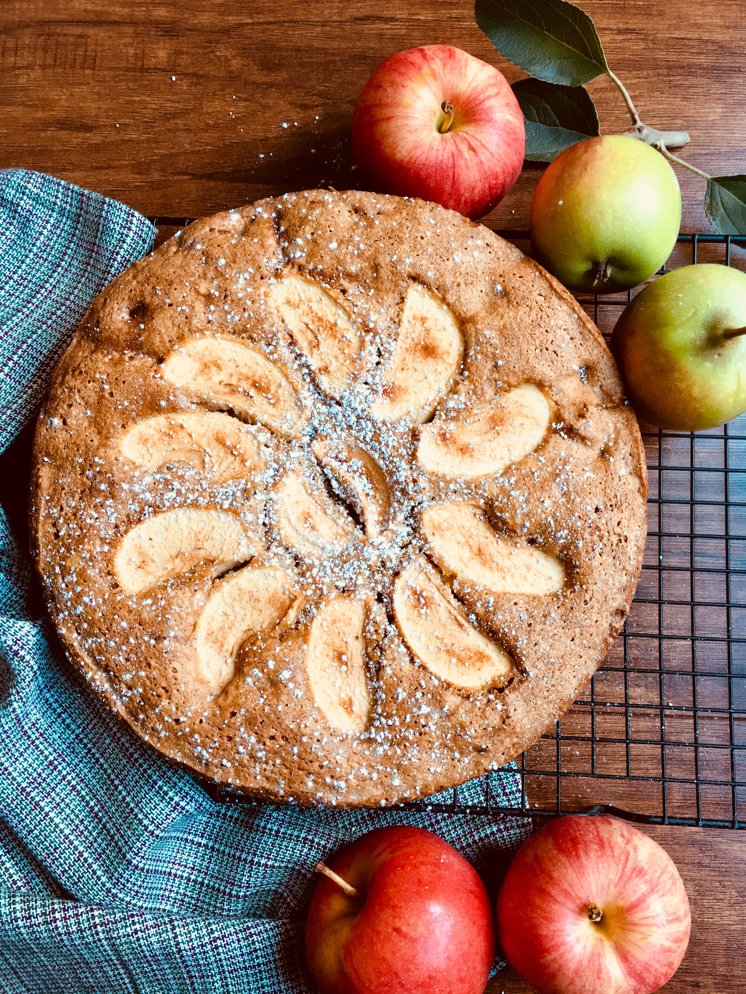 Amazon Nordic Ware Apple Cake Pan